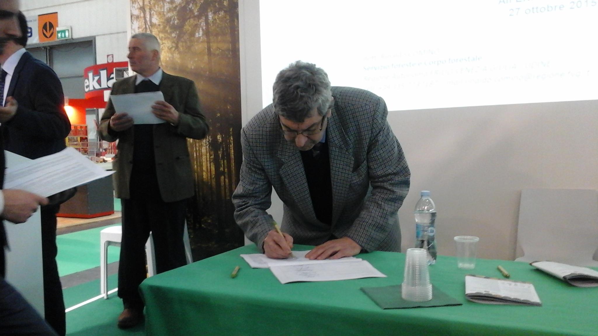 Il PEFC Italia nell'accordo interregionale sul prelievo legnoso in ambito boschivo e sulla filiera legno